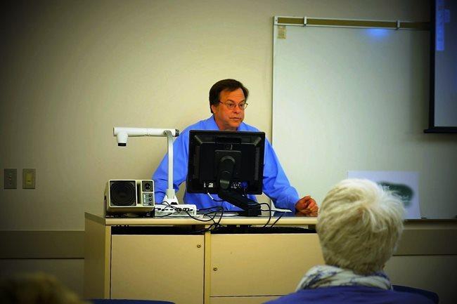 Dr. Paul Knupp